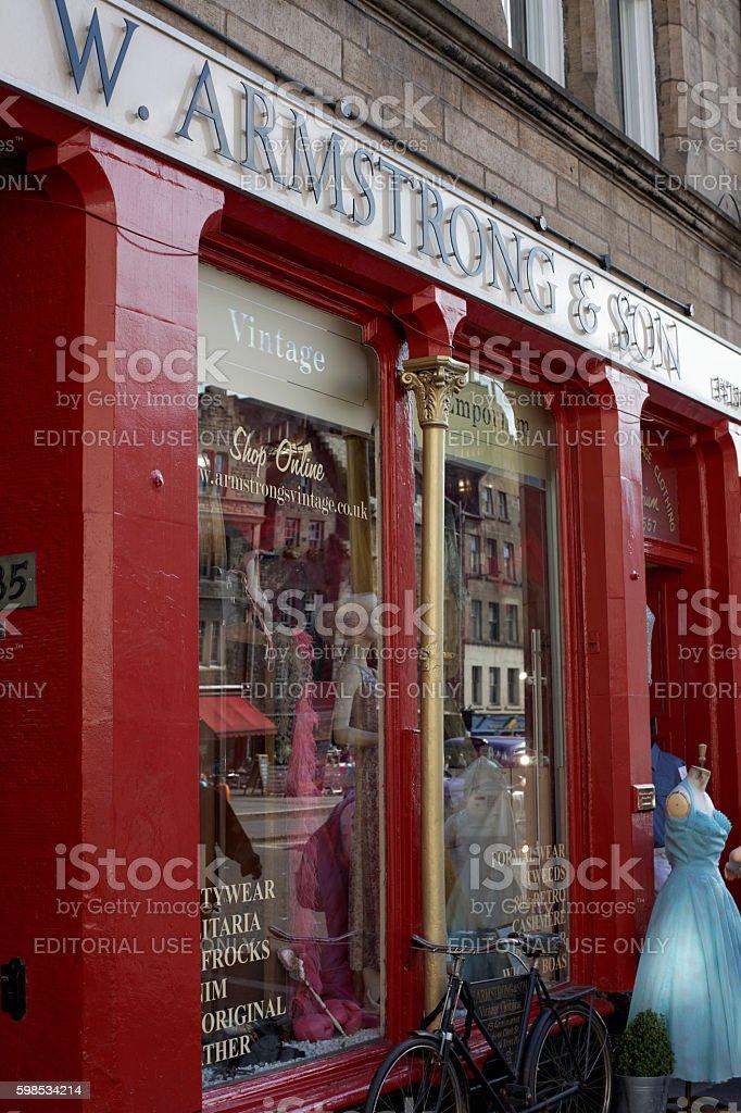 VIntage clothing shop in Edinburgh photo libre de droits