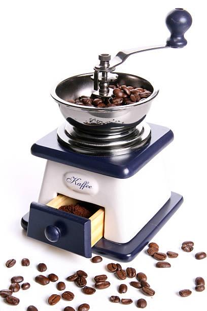 vintage kaffeemühle - gblu stock-fotos und bilder