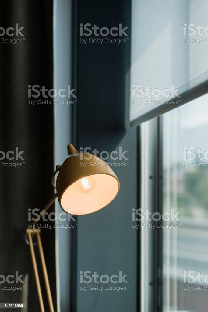 Lampe De Bureau Vintage En Menuiserie Industrielle Photos Et Plus