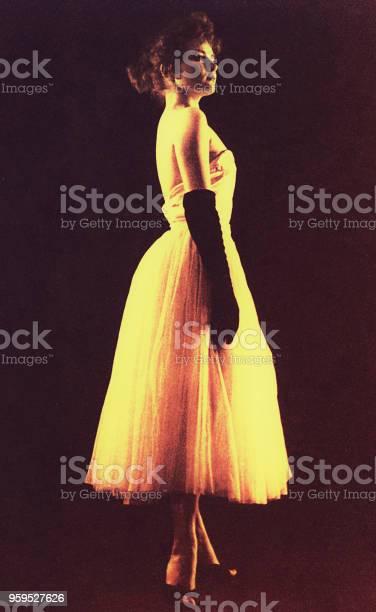 Vintage elegant youn woman