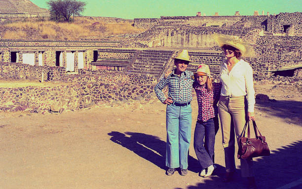 vintage family trip to mexico - archival stock photos and pictures