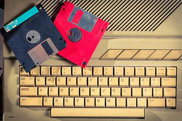 Vintage Disketten und Tastatur – Foto