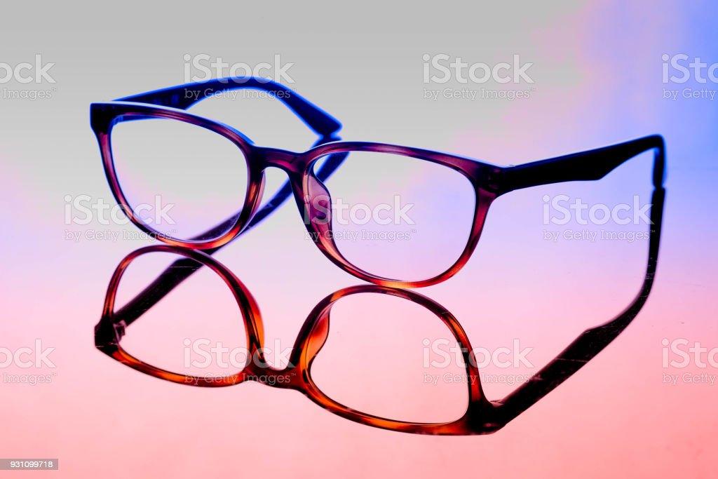 açık renkli Vintage gözlük. kostüm moda kavramı - Royalty-free Bakmak Stok görsel