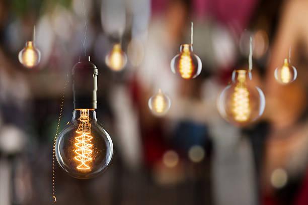 Edison les ampoules incandescentes Vintage type de réflexions et de fenêtre - Photo