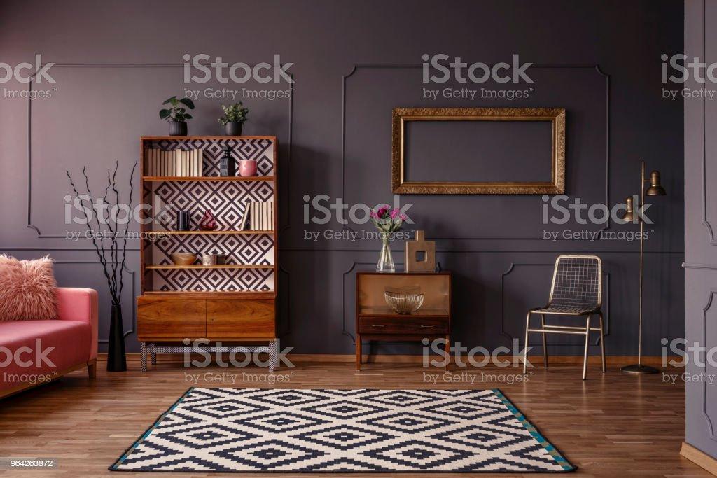 Vintage Woonkamer Interieur Met Een Patroon Tapijt Kast