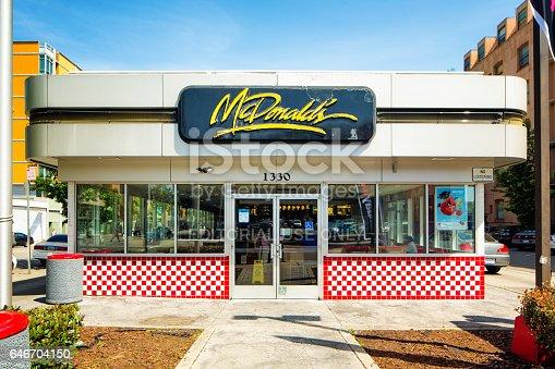istock Vintage Mcdonald's restaurant exterior in Oakland California 646704150
