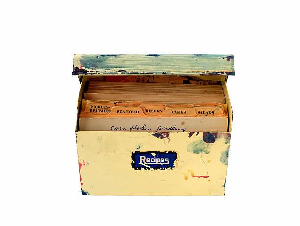 Recette en métal vintage avec des recettes dans la boîte - Photo
