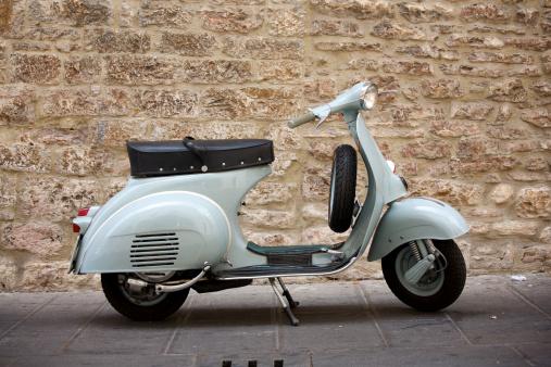 Italian vintage motorcyclehttp://www.massimomerlini.it/is/florence.jpghttp://www.massimomerlini.it/is/transportation.jpg