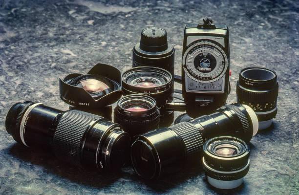 Vintage Nikon 80~200,15mm,45mmGN 28mm PC 105 2.5,55 2.8 200 4 micro 20mm 4 lunasix TC300-Kalbadevi mumbai