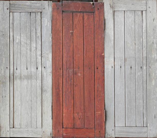 vintage vieille fenêtre en bois. - zidane photos et images de collection