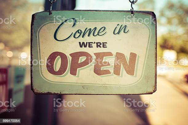 Vintage open for business sign picture id599470054?b=1&k=6&m=599470054&s=612x612&h=vnclcydhn15nefbemqlxbaojzdldahv veis1uhp5xo=