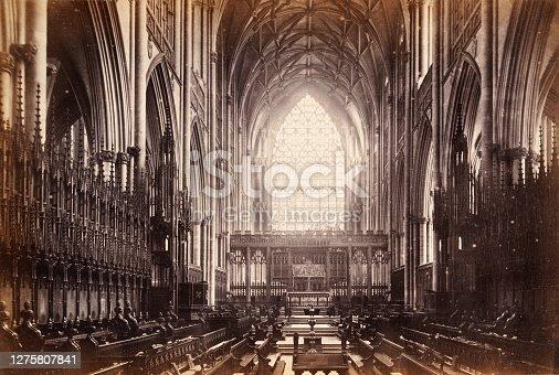 Vintage photograph of Interior of York Minster, York, England, 19th Century