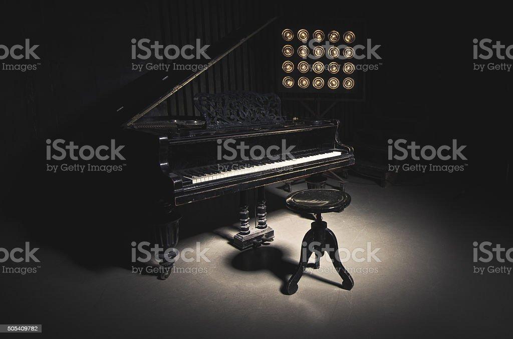 Винтажный пианино стоковое фото