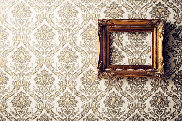 vintage bilderrahmen-antiken barock tapete retro-gold - alte spiegel stock-fotos und bilder