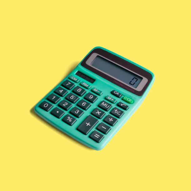 calculadora do bolso do vintage com poder solar - calculadora - fotografias e filmes do acervo