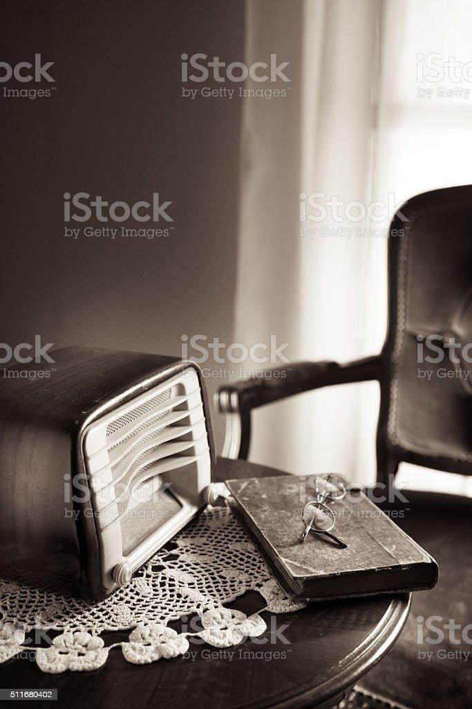 Vintage Radio Im Wohnzimmer Stockfoto Und Mehr Bilder Von 60