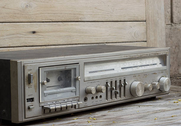 vintage retro-radio - dramatisches theater stock-fotos und bilder