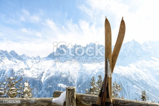 istock Vintage skis with Mont Blanc Massif behind 172323269