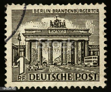 istock Vintage stamp germany 1 penny brandenburger gate 184334102