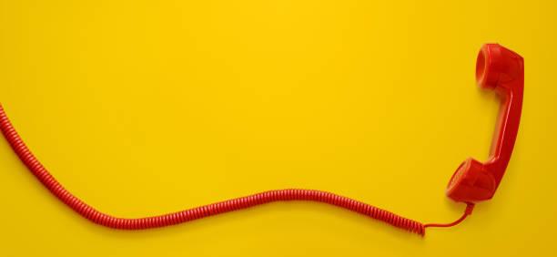 Vintage Telefon-Handy isoliert auf weißem Hintergrund – Foto
