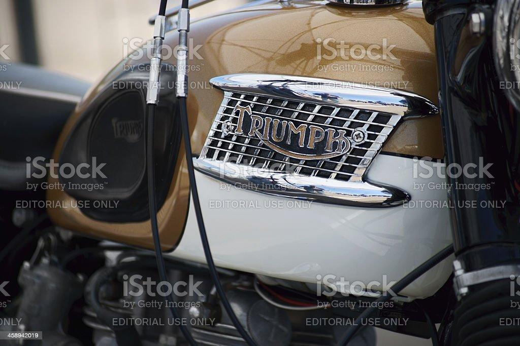 Triumph moto Vintage. - Foto stock royalty-free di Ambientazione esterna