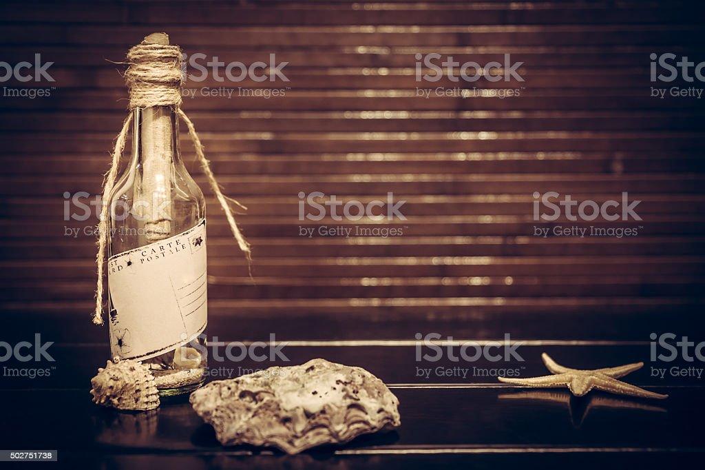 tropical fond Vintage avec message dans la bouteille et espace de copie - Photo