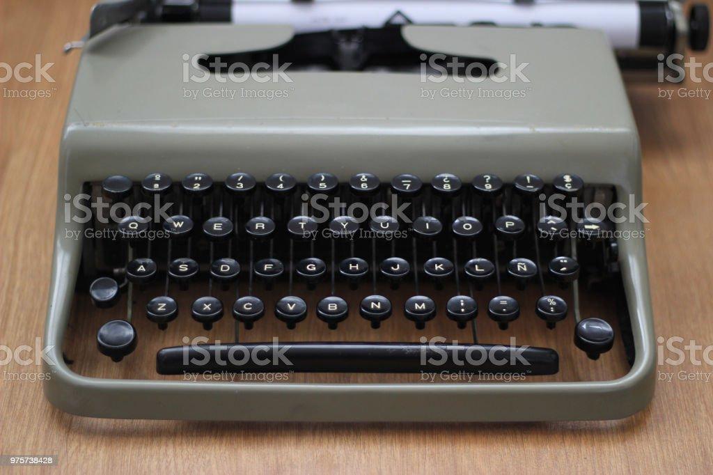 Vintage Schreibmaschine flatlay - Lizenzfrei Alphabet Stock-Foto