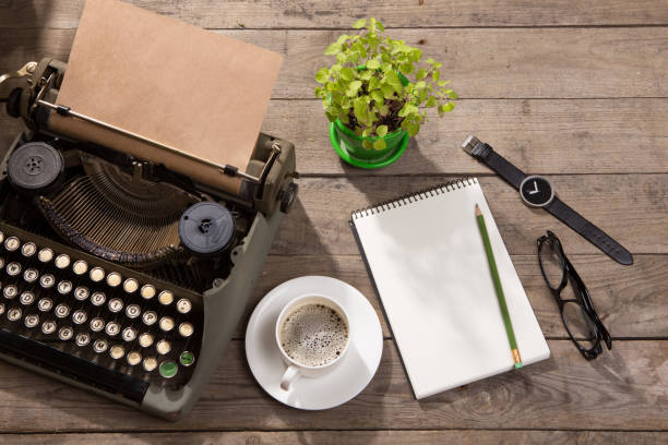 Vintage typewriter on the old wooden desk picture id839879448?b=1&k=6&m=839879448&s=612x612&w=0&h=1cya9tgszx0fnsojw7 tv instky4wsxkfqkuadbzgw=