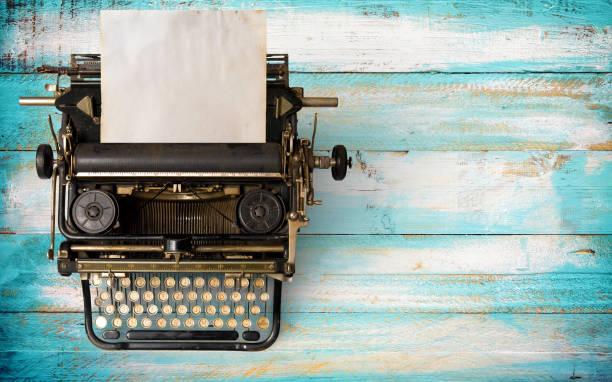 Vintage máquina de escrever  - foto de acervo