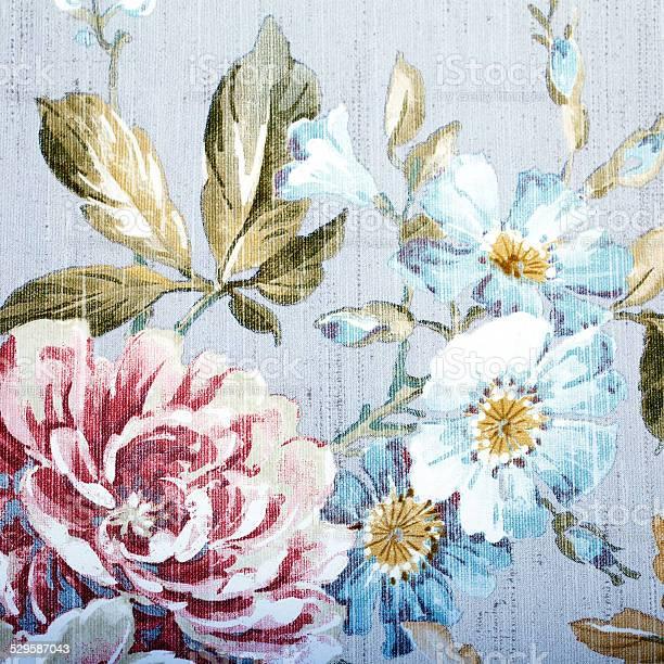 Vintage wallpaper with floral pattern picture id529587043?b=1&k=6&m=529587043&s=612x612&h=lli32yjvnlfmom o3u9piojscxknlvekzyj37nqfifm=