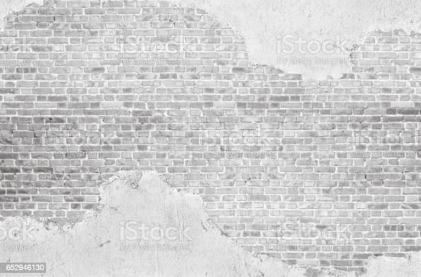 Vintage whitewashed plastered old brick wall textured background picture id652946130?b=1&k=6&m=652946130&s=612x612&h=x7utp2tqq2 digiz07gp zvjhvplrxsaxez5psl8zzc=