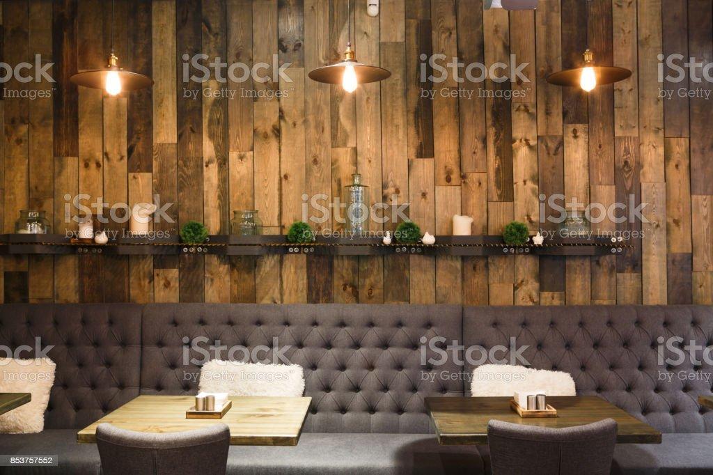 Vintage Hölzernen Dachboden Interieur Des Restaurants ...