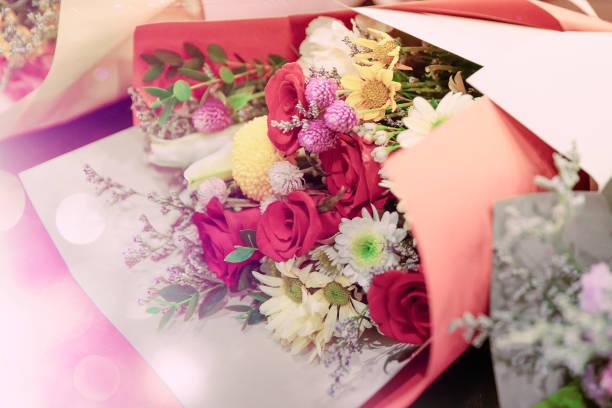 Vintagestyle bouquet background picture id1202688352?b=1&k=6&m=1202688352&s=612x612&w=0&h=jcp7ec3grysz v 7asht7frbsvdkbhewswrwf2sfrbm=