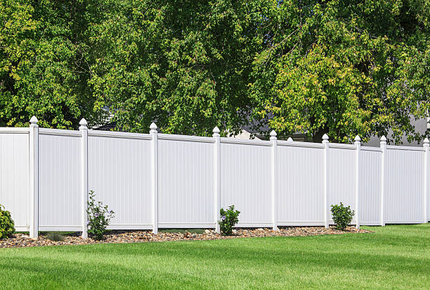 vinyl fence - fence stock photos and pictures