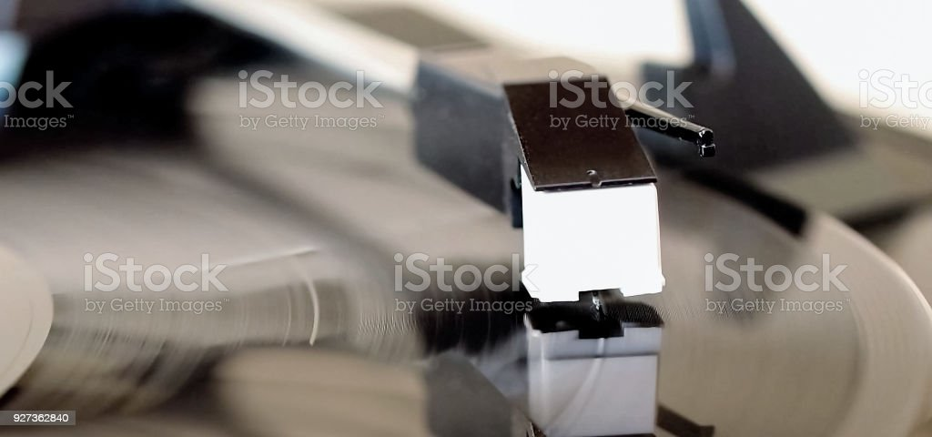 vinyl record on turntable - Royalty-free Analog Stock Photo