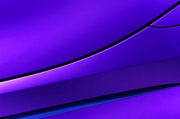 violet car bodywork - close up auto foto e immagini stock