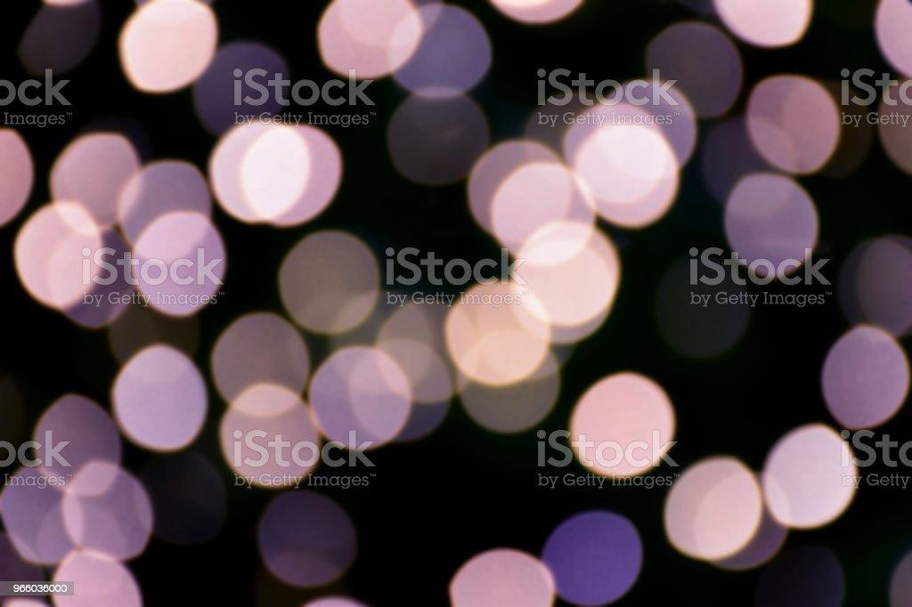 Violett färg bokeh och oskärpa av ljus - Royaltyfri Abstrakt Bildbanksbilder