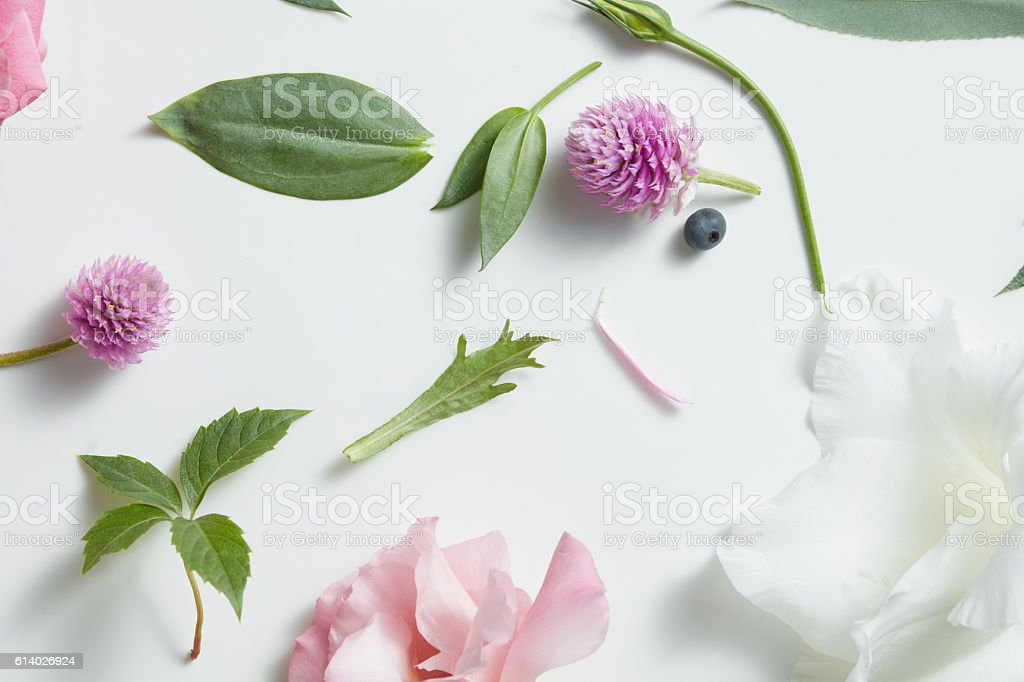 Violet flowers, pink , white  abstract pattern seamless. - foto de stock