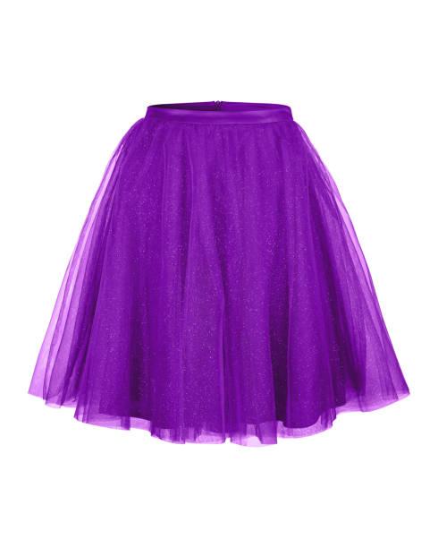 violette ballerina tüllrock isoliert auf weiss - tüllkleid stock-fotos und bilder