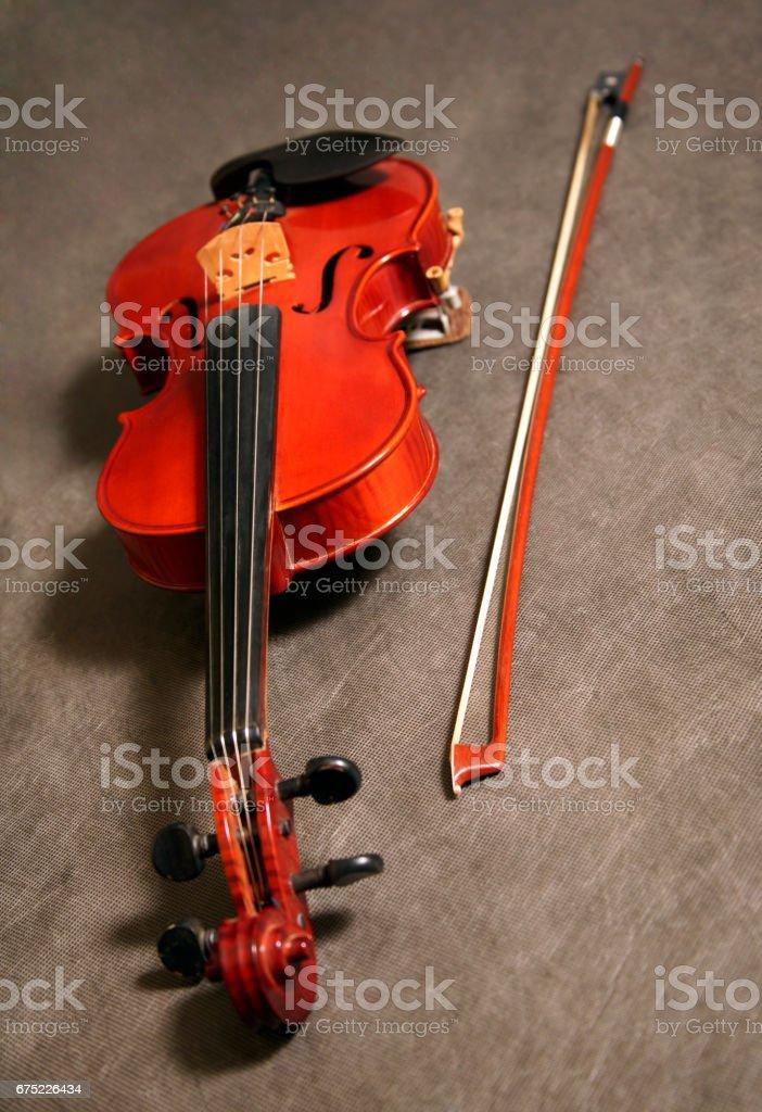 violin over dark wood in sudio royalty-free stock photo