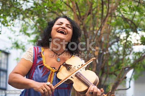Music,  Stage - Performance Space, Artist, Violin, Violinist