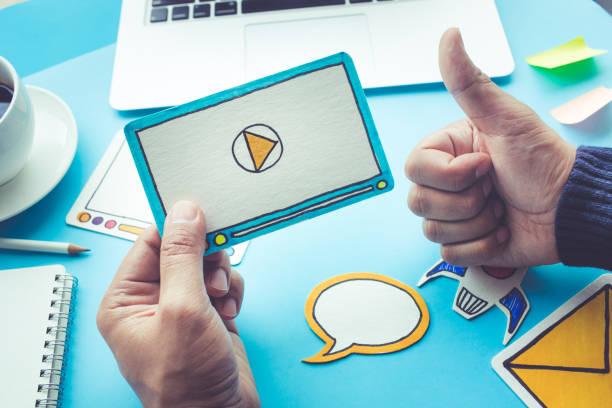 virales marketing, social media, online-marketing-konzepte - gute webseiten stock-fotos und bilder