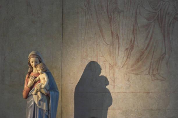 virgin mary assumption - ferragosto foto e immagini stock