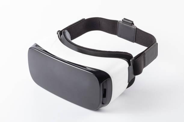 vr sanal gerçeklik kulaklığı - sanal gerçeklik stok fotoğraflar ve resimler