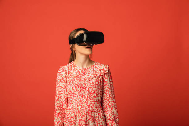 virtual reality - vr red background imagens e fotografias de stock