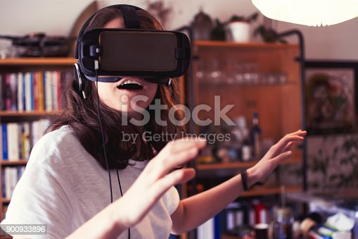 istock Virtual reality 900933896