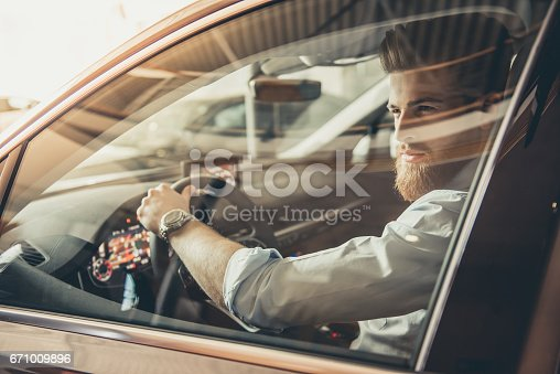 671035278istockphoto Visiting car dealership 671009896