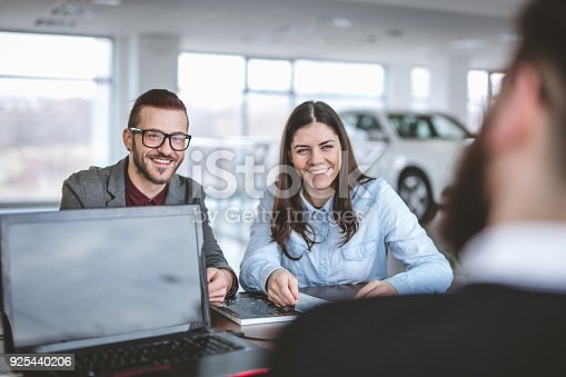 istock Visiting the car dealership 925440206