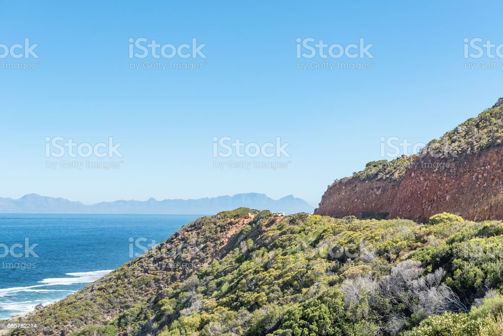 Visitors at a viewpoint on Clarence Drive 免版稅 stock photo