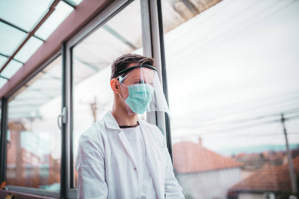 visor as a medical protection from virus - covid ospedale foto e immagini stock